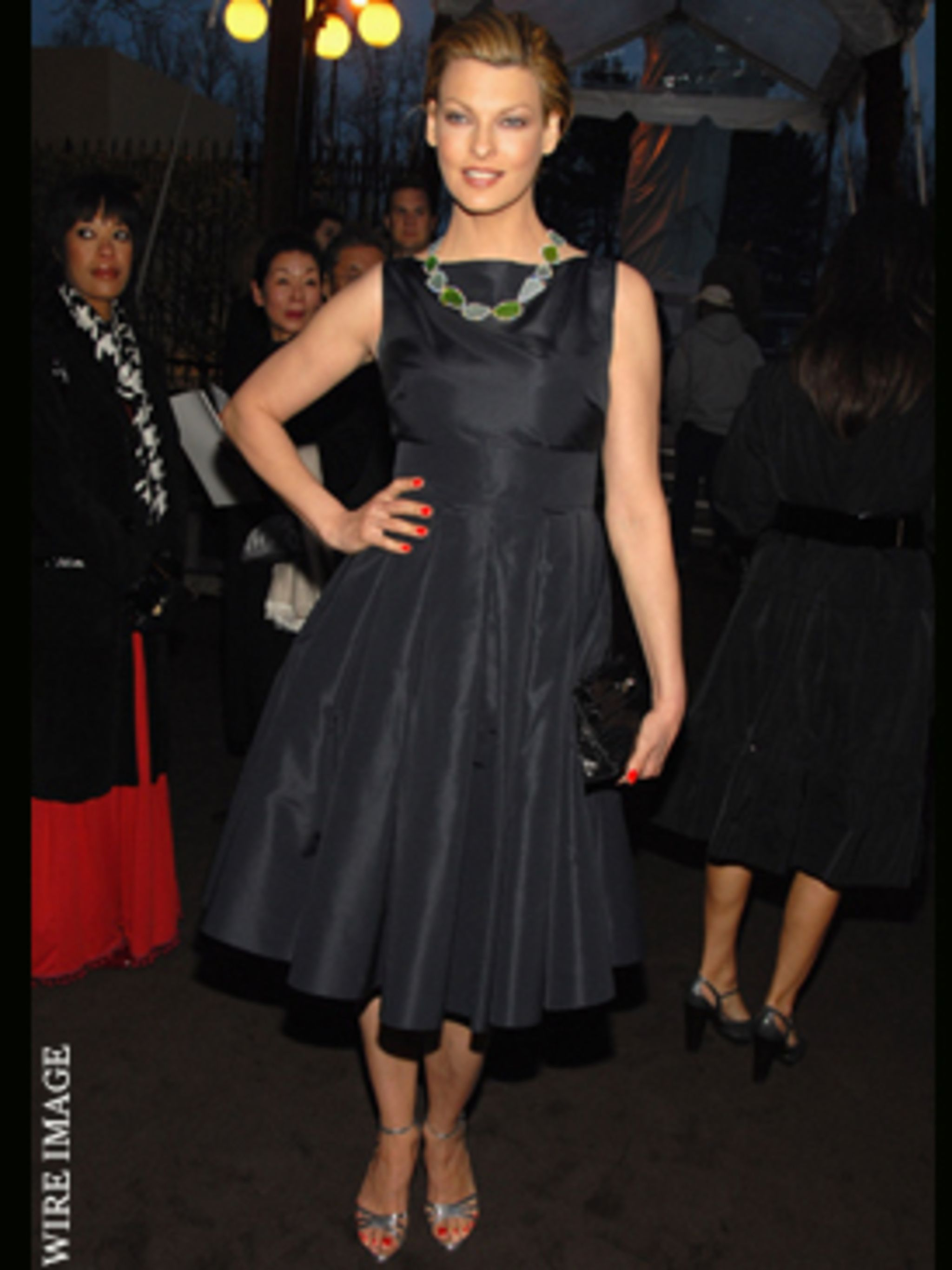 <p>Linda (now a mum of two!) shines on the red carpet at a Louis Vuitton event in New York</p>