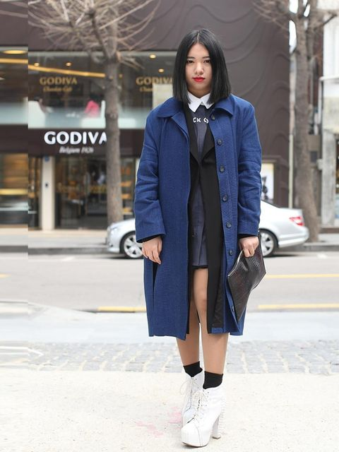 "<p>Lee Ju Sun wearing a Low Classic dress.</p><p><em>More street style inspiration:</em></p><p><a href=""http://www.elleuk.com/style/street-style/seoul-fashion-week-autumn-winter-2013"">Seoul Fashion Week street style</a></p><p><a href=""http://www.elleuk.co"