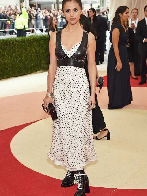 <p>Selena Gomez wears Louis Vuitton at the Met Gala in New York, May 2016.</p>