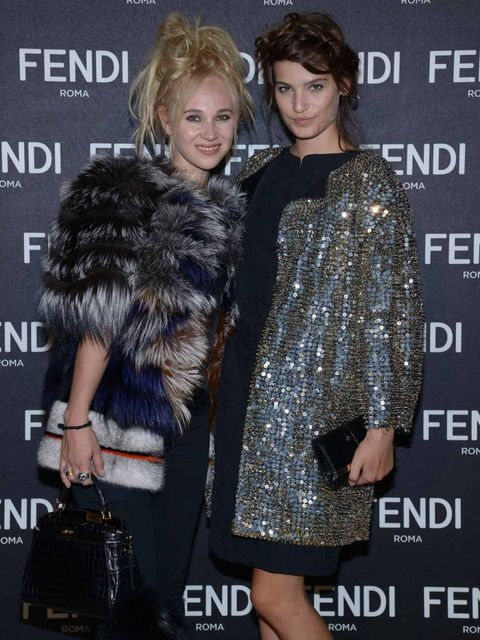 <p>Juno Temple and Alma Jodorowsky.</p>