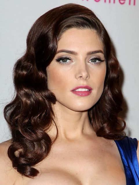 1325879055-ashley-greene