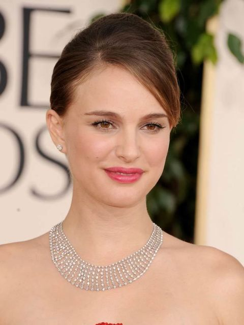 "<p><a href=""http://www.elleuk.com/news/Beauty-News/golden-globes-the-beauty-trends"">Click here to read what ELLE thought of the beauty looks at the Golden Globes...</a></p>"