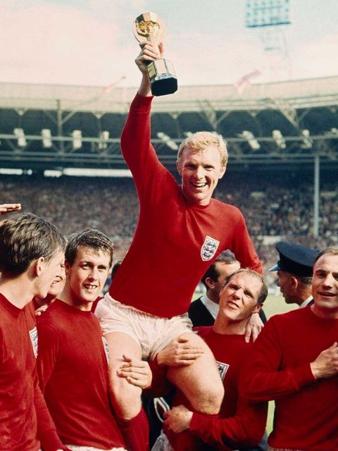 <p>The iconic image from waaaaaaay back in 1966, when England last won the World Cup</p>