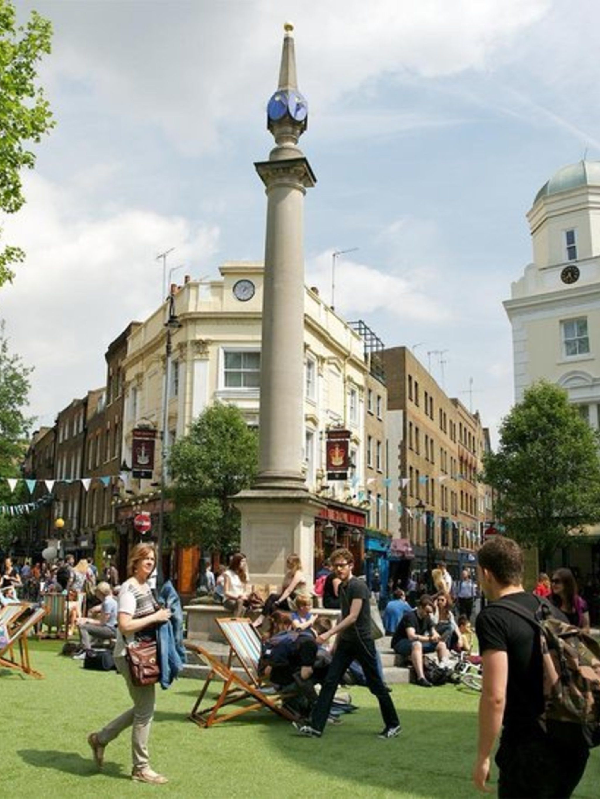 SHOPPING: Seven Dials Spotlight  This Saturday there will be a free open-air culture festival right in the heart of London.  There will be live entertainment hosted by Rick Edwards, lawn and deck chairs to recline on, and in-store and outdoor activities i