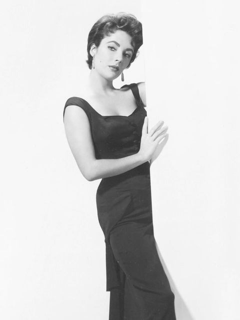 """<p><a href=""""http://www.elleuk.com/fashion/special-features/bridal-icons"""">Elizabeth Taylor</a> showcasing her arresting beauty in 1954</p>"""