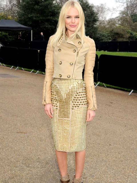 "<p><a href=""http://www.elleuk.com/starstyle/style-files/%28section%29/kate-bosworth/%28offset%29/0/%28img%29/462392"">Kate Bosworth</a> wearing a cropped Burberry trench and studded SS11 Burberry pencil skirt at the Burberry AW11 show in London, 21 Februar"