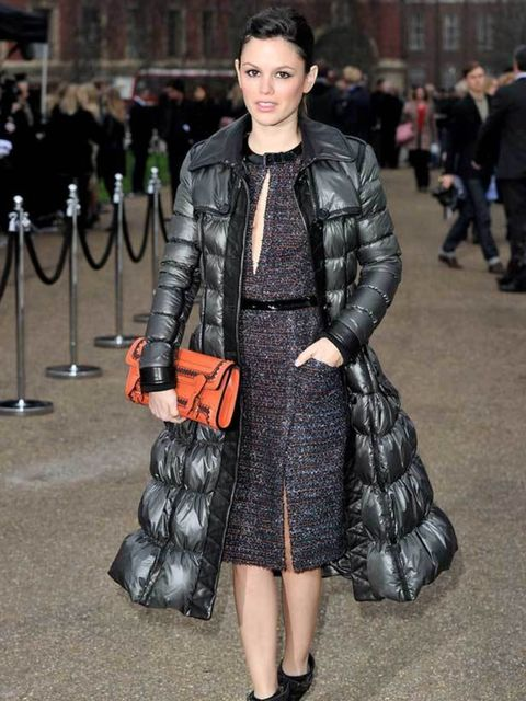 "<p><a href=""http://www.elleuk.com/starstyle/style-files/%28section%29/Rachel-Bilson"">Rachel Bilson</a> in a Burberry puffa at the Burberry AW11 show in London, 21 February 2011</p>"