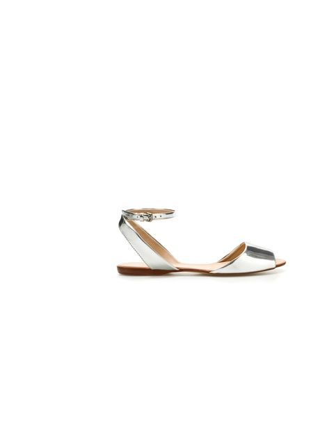 "<p>Zara metallic sandals, <a href=""http://www.zara.com/webapp/wcs/stores/servlet/product/uk/en/zara-S2012/189510/778041/BASIC%2BSANDAL"">£29.99</a></p>"