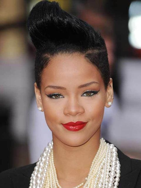 "<p><a href=""http://www.elleuk.com/starstyle/style-files/%28offset%29/12/%28section%29/rihanna"">Click now to see Rihanna's Style File</a></p>"