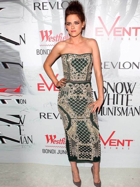 "<p><a href=""http://www.elleuk.com/star-style/celebrity-style-files/kristen-stewart"">Kristen Stewart</a> in <a href=""http://www.elleuk.com/catwalk/designer-a-z/balmain/autumn-winter-2012"">Balmain</a> at the Snow White & The Huntsman Australian Premiere"