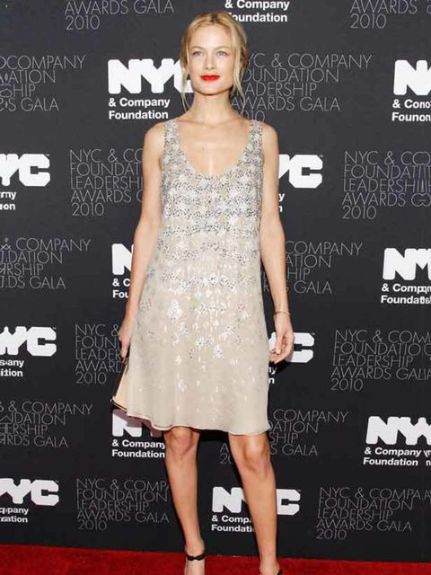 <p>Carolyn Murphy attends the NYC & Company Foundation Leadership Awards Gala in New York, 1 December 2010 </p>