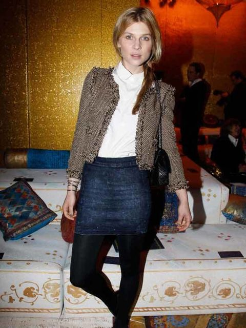 "<p><a href=""http://www.elleuk.com/starstyle/style-files/%28section%29/clemence-poesy/%28offset%29/0/%28img%29/558376"">Clemence Poesy</a> at the 'Chanel Metiers d'Art' fashion show in Paris, 7 December 2010</p>"