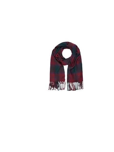"<p>Check yourself! <a href=""http://uk.accessorize.com/view/product/uk_catalog/acc_5,acc_5.9/4871739900"">Accessorize</a>'s plaid scarf is cosy but cool, £19</p>"