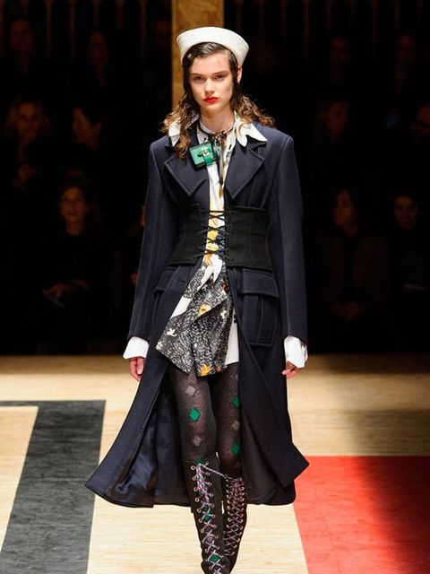 prada_autumn_winter_2016_look_03