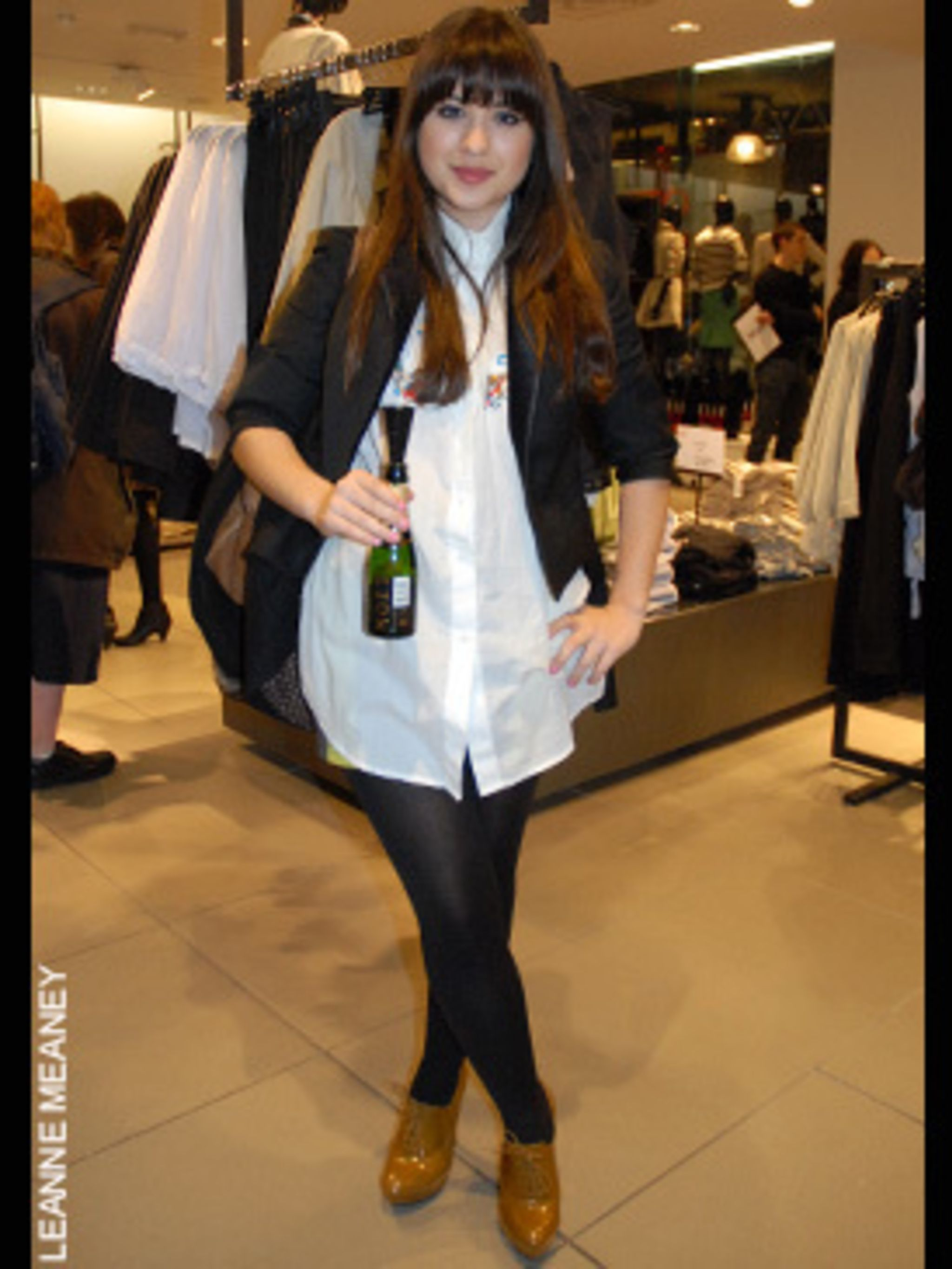 <p><strong>Jess, 22, from London</strong><strong>Fashion Buyer</strong><strong>Style icon - Alexa Chung and the Olsen twins</strong>Jacket - Todd Lynn for TopshopShirt - TokyoShoes - River Island</p>