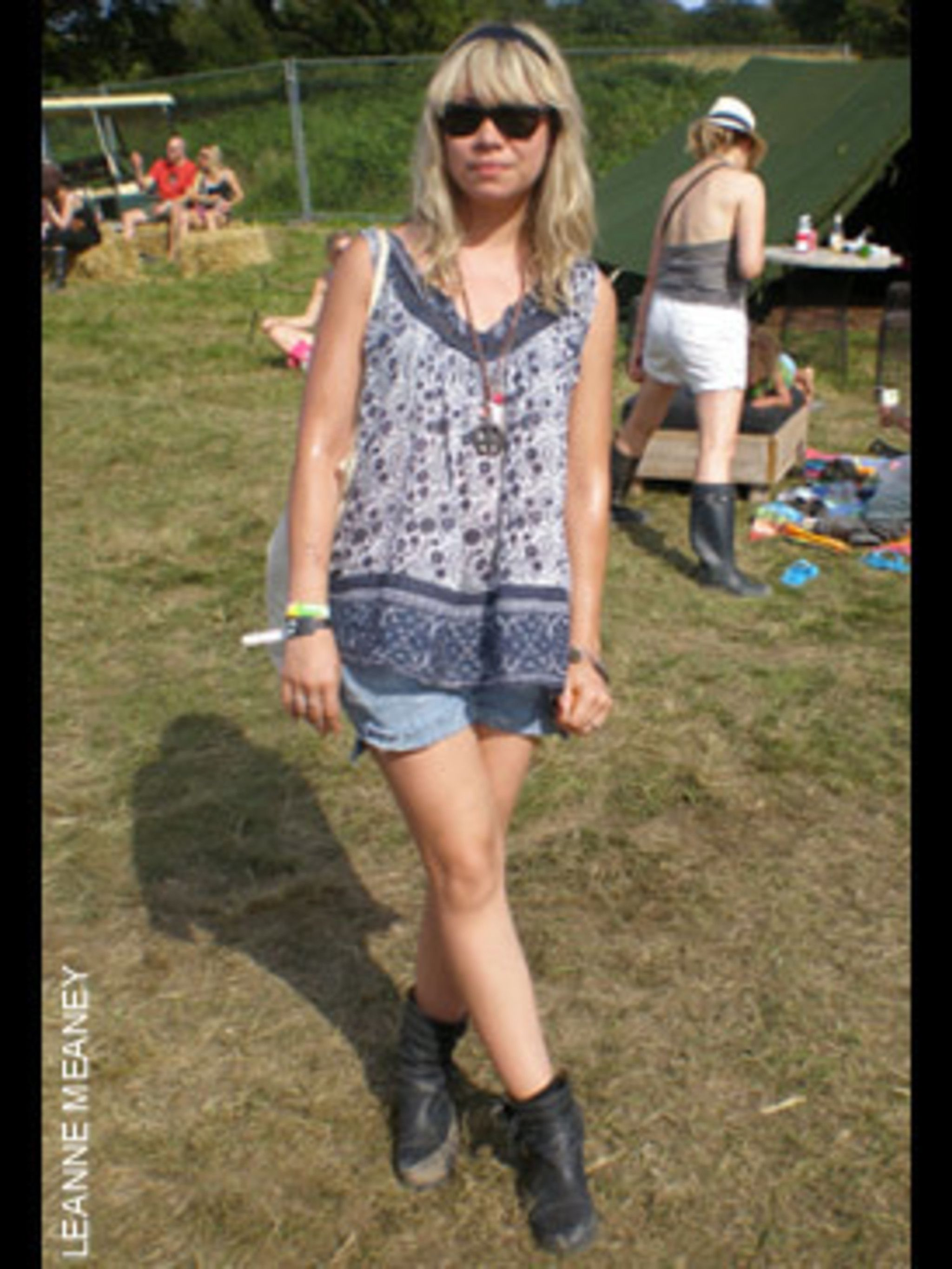 <p>Tara Rocks, 28, Promoter, wearing vintage shorts and top, shoes from Gap, and a bag from West Rocks.</p>