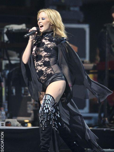 """<p><a href=""""http://www.elleuk.com/catwalk/collections/maison-martin-margiela/spring-summer-2010"""">Kylie Minogue</a></p>"""