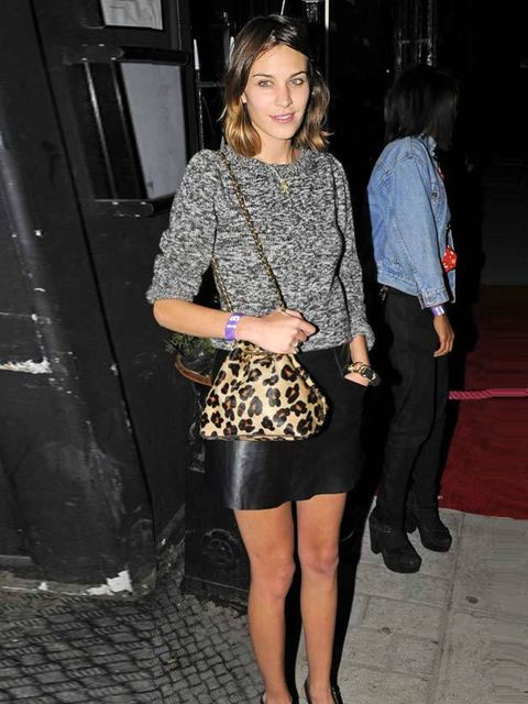 "<p><a href=""http://www.elleuk.com/starstyle/style-files/%28section%29/Alexa-Chung"">Alexa Chung</a></p>"