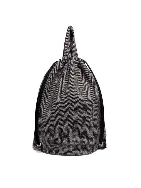 """<p><a href=""""http://www.asos.com/asos/asos-tweed-drawstring-backpack/prod/pgeproduct.aspx?iid=4255261&clr=Grey&SearchQuery=tweed&pgesize=36&pge=1&totalstyles=53&gridsize=3&gridrow=2&gridcolumn=2"""" target=""""_blank"""">Asos bag</a>, £18</p>"""