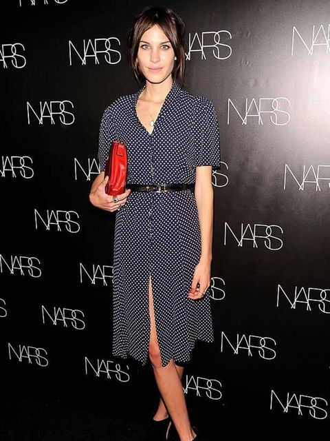 "<p><a href=""http://www.elleuk.com/starstyle/style-files/(section)/alexa-chung"">Alexa Chung</a> wearing a belted tea dress at a book launch in New York</p>"