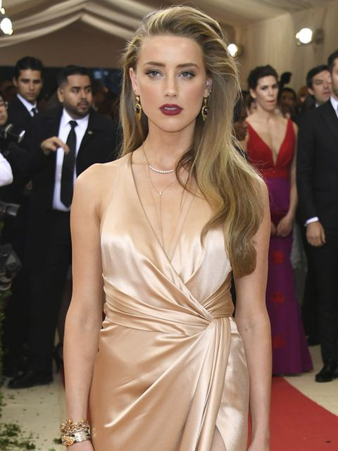 <p>Dark Lips: Burgundy stains, deep hues of red</p>  <p>Amber Heard opted for a stained berry lip. </p>