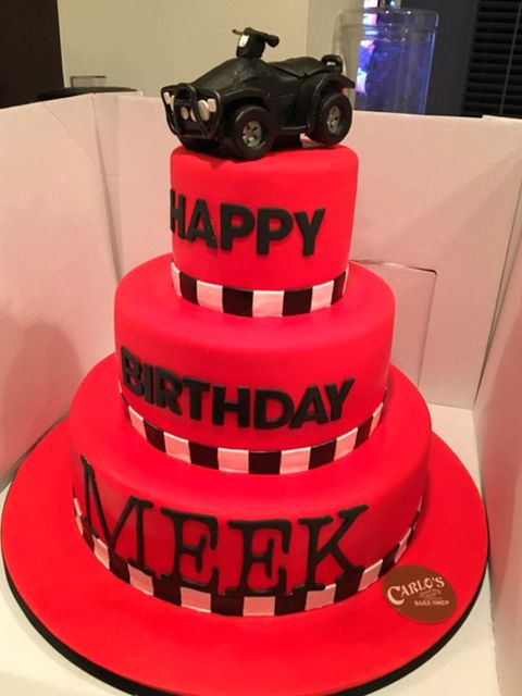 <p>Nicki Minaj posted a snap of the cake she bought for Meek Mill&#39;s birthday on Instagram...</p>  <p>&#39;This was his other cake. I asked for a 4 wheeler make out of CAKE!!!! They gave me a top hat with a tiny 4 wheeler on top of it. I just been look