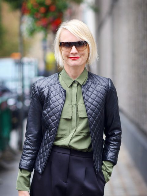 Lorraine Candy – Editor-in-Chief  Harrods own label jacket, Finery shirt, Topshop culottes, All Saints bag, Bobbi Brown sunglasses and Yves Saint Laurent makeup.