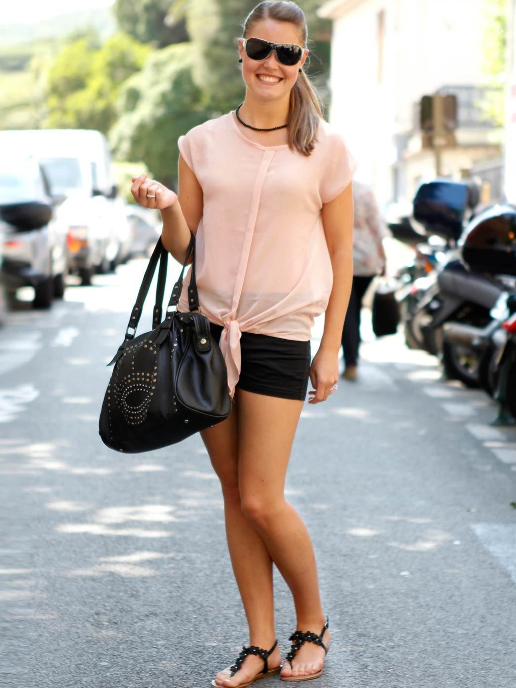 Tipsclass Fashion to night out pastel shorts