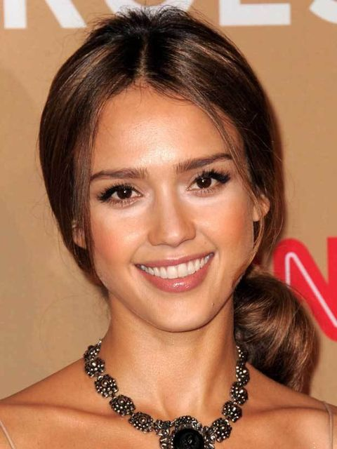 "<p><a href=""http://www.elleuk.com/starstyle/style-files/%28section%29/Jessica-Alba"">Jessica Alba</a> adds a statement necklace to her <a href=""http://www.elleuk.com/catwalk/collections/rachel-comey/spring-summer-2011/collection"">Rachel Comey SS11</a> dres"