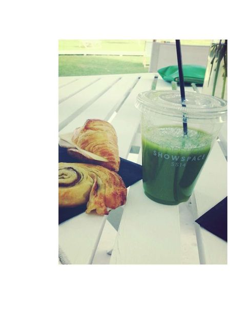 <p>Green juices and cinnamon buns for breakfast</p>