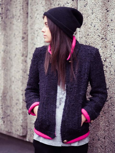 <p>Charlotte Lewis, ELLE Fashion Intern:</p><p>Chanel jacket, vintage T-shirt, Cos hat Miu Miu trousers</p>