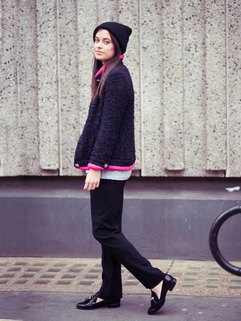 <p>Charlotte Lewis, ELLE Fashion Intern:</p><p>Chanel jacket, Vintage T-shirt, Cos hat, Miu Miu trousers, Alexander Wang shoes</p>