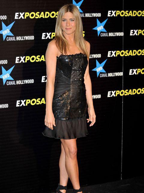 "<p>Jennifer Aniston wearing <a href=""http://www.elleuk.com/catwalk/collections/christian-lacroix/autumn-winter-2009"">Christian Lacroix</a></p>"