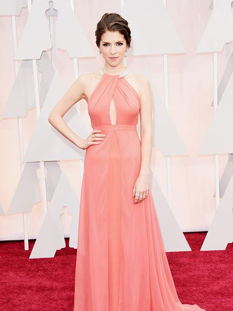 <p>Anna Kendrick, in custom-made Thakoon, attends the 2015 Academy Awards in LA.</p>