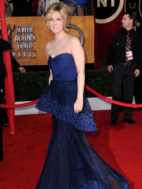 <p>Drew Barrymore in Monique L'Hullier</p>
