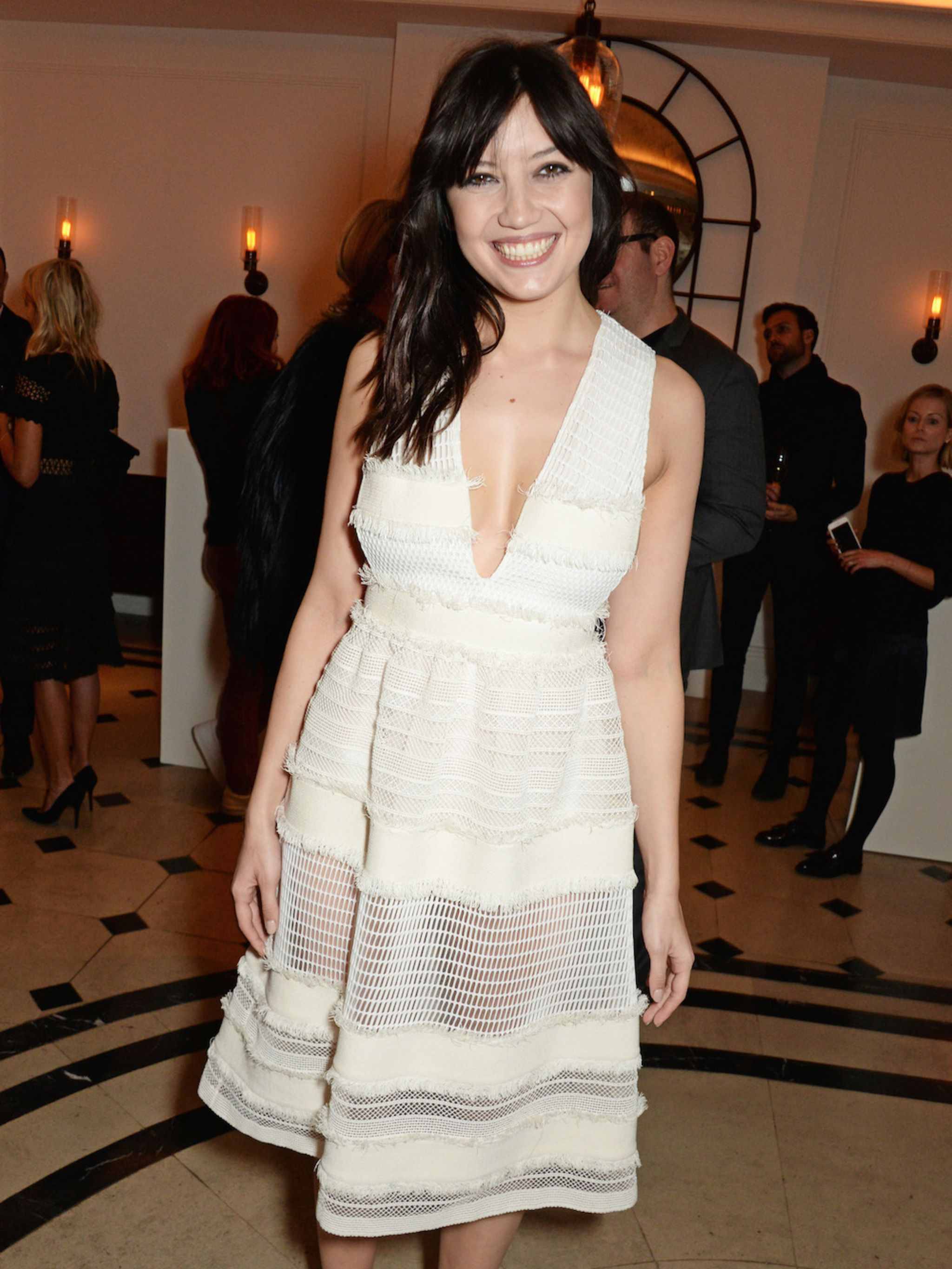 b9ae90ad86 Daisy Lowe s Style File