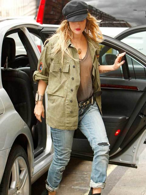 """<p><a href=""""http://www.elleuk.com/starstyle/style-files/%28section%29/Drew-Barrymore"""">Drew Barrymore</a> promoting her new movie in London</p>"""