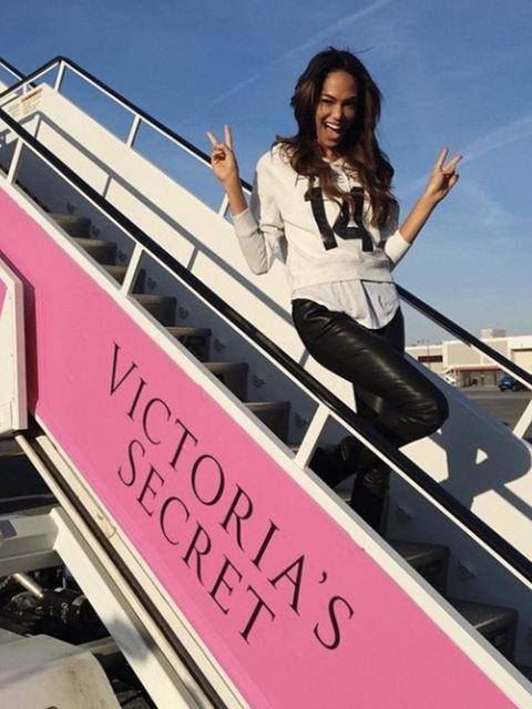 Joan Smalls @joansmalls All Aboard the @victoriassecret Plane @ed_razek #VSFashionShow2014 #Angels