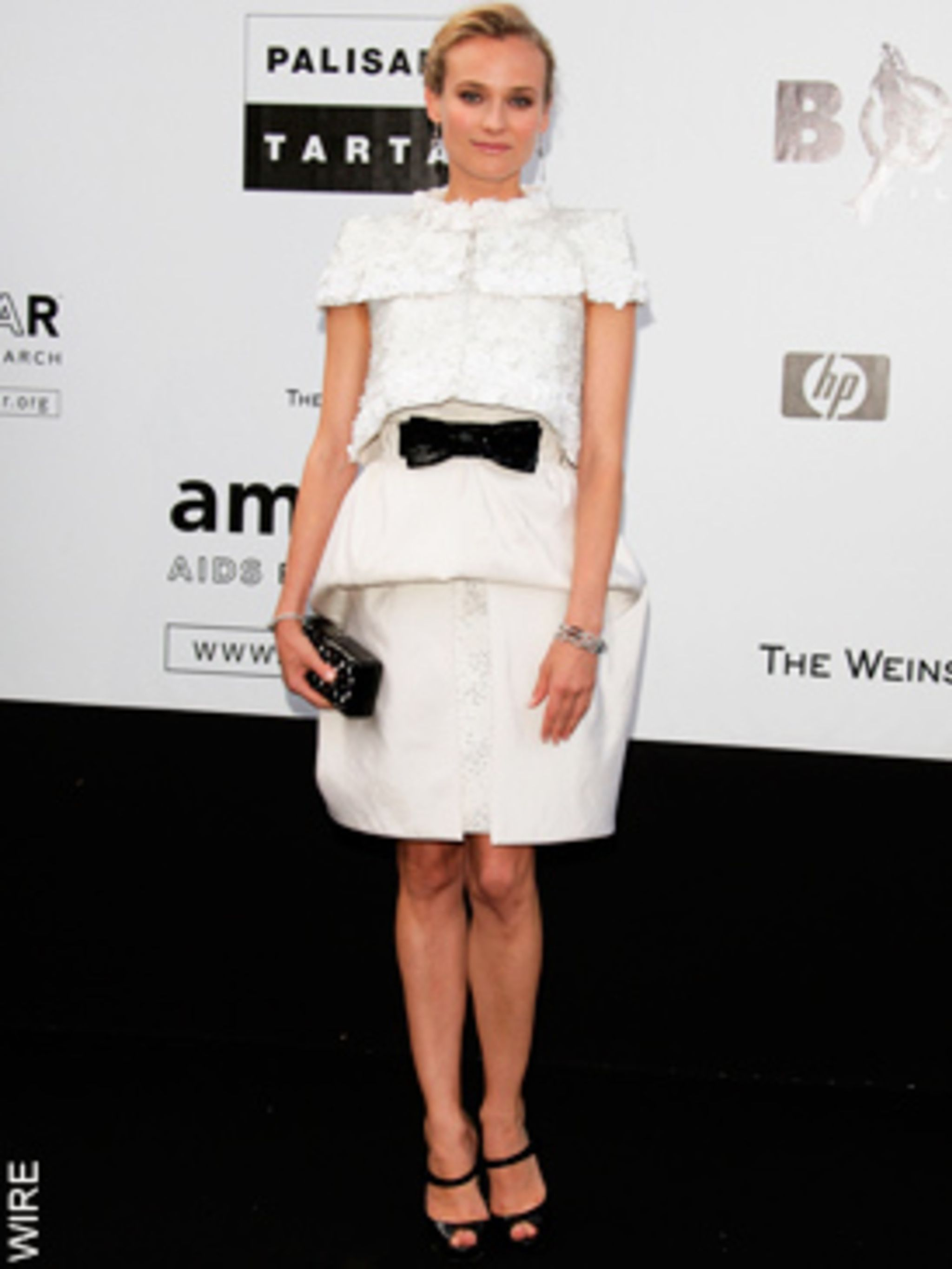 <p>Diane Kruger in Chanel Haute Couture</p>