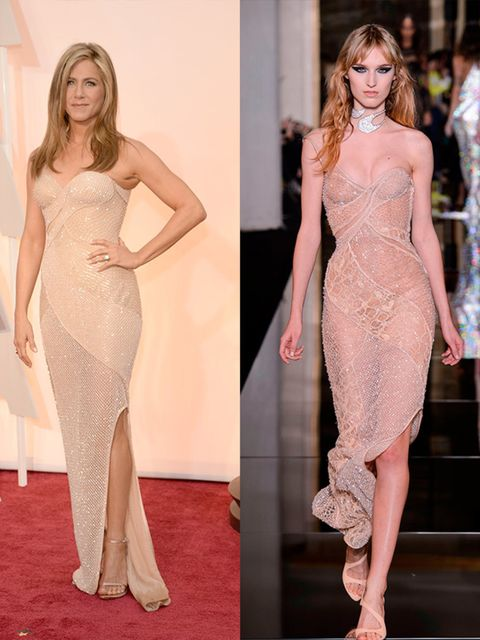 <p>Jennifer Aniston wears Atelier Versace Spring 2015 Couture at the 2015 Oscars, February 2015.</p>