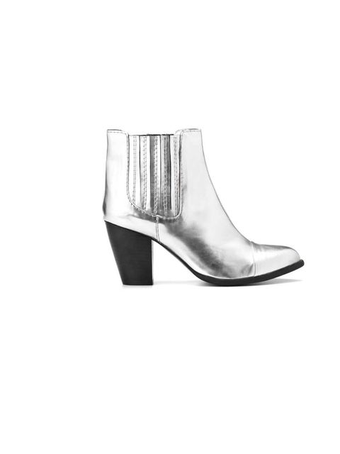 """<p><a href=""""http://shop.mango.com/GB/p0/mango/shoes/touch---backstitching-pointy-ankle-boots/?id=76919655_93&n=1&s=zapatos&ie=0&m=&ts=1349451825017"""">Mango</a> silver low heel boots, £99.99</p>"""