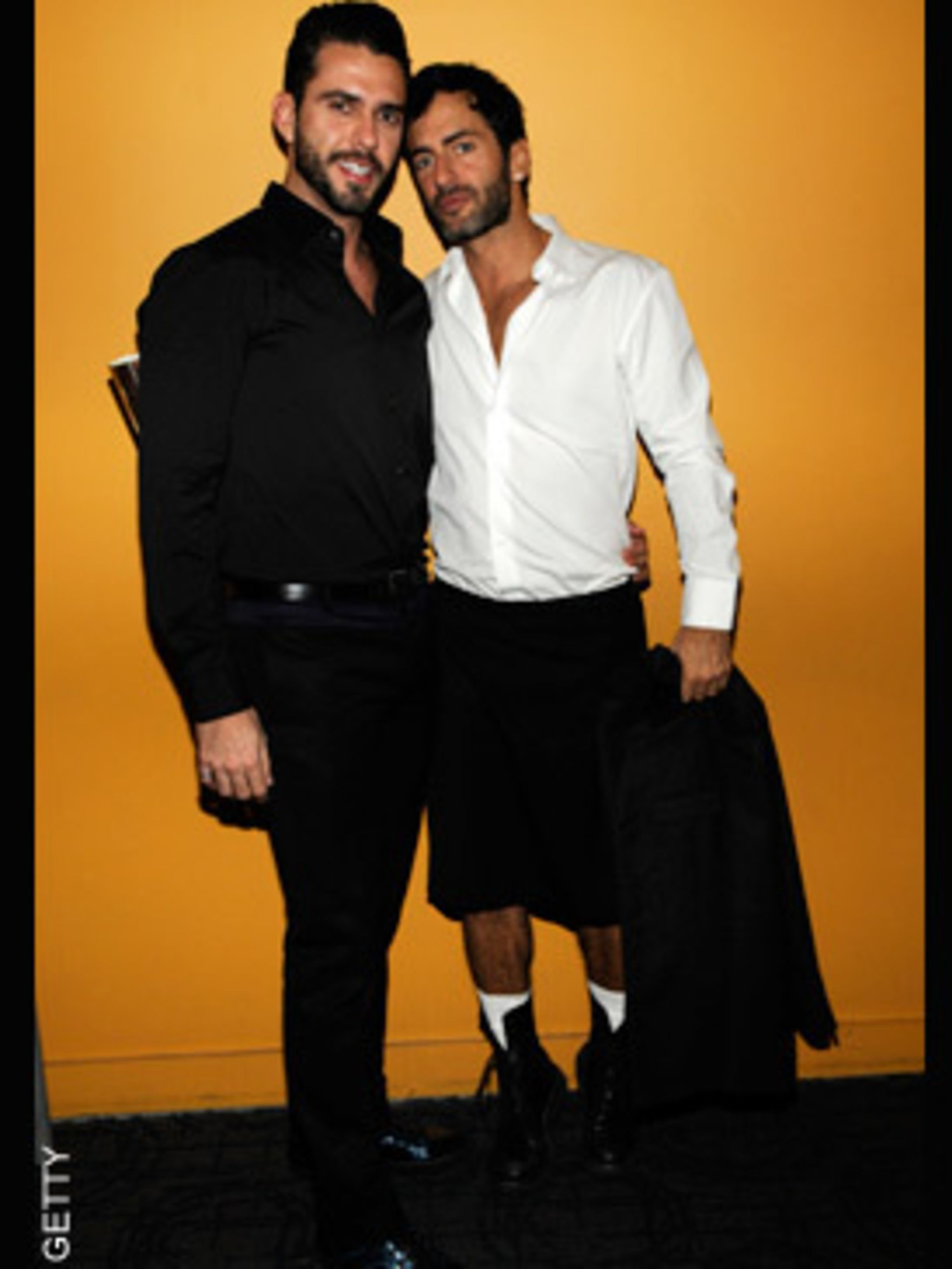 <p>Marc Jacobs in his new favourite fashion statement, a kilt.</p>