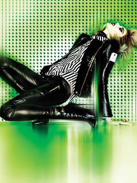 <p>Anja Rubik for the Moda Operandi Punk collection</p>