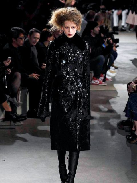 alexander-mcqueen-autumn-winter-2015-look-1