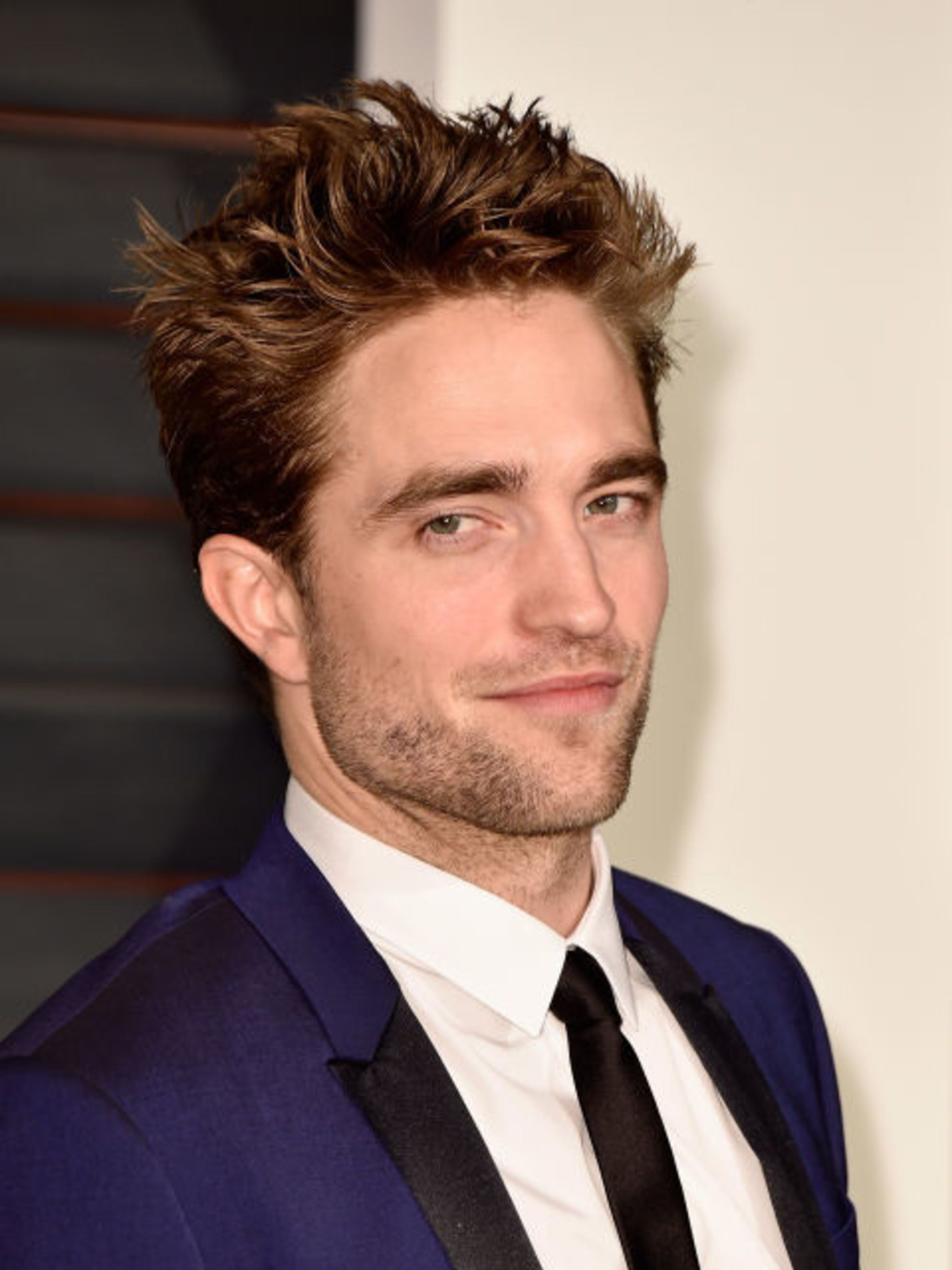 """<p><strong>ROBERT PATTINSON HATES EDWARD AND 'TWILIGHT' IN GENERAL</strong></p>  <p>Robert Pattinson hates<em>Twilight</em>, hates Edward, and hates how everyone likes both. (P.S. There's even<a href=""""http://robertpattinsonhatingtwilight.tumblr.com/"""" st"""