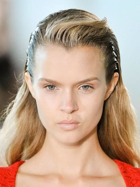 <p>It's back! Wet-look hair looks set to be big next season. It started in New York with shine and evolved to full-on wet hair in London, in fact the hair at Giles was literally wet as Paul Hanlon sent all 40+ models down the catwalk with freshly washed h