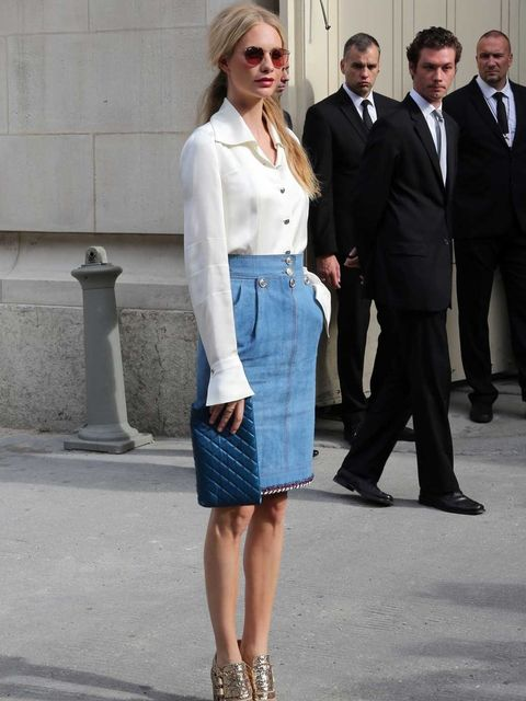 <p>Poppy Delevigne arriving at Chanel Couture</p>