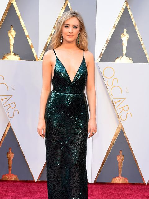 <p>Saoirse Ronan at the 2016 Oscars</p>