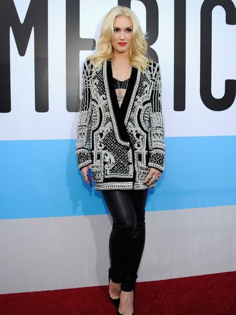 <p>Gwen Stefani in Balmain at the American Music Awards</p>