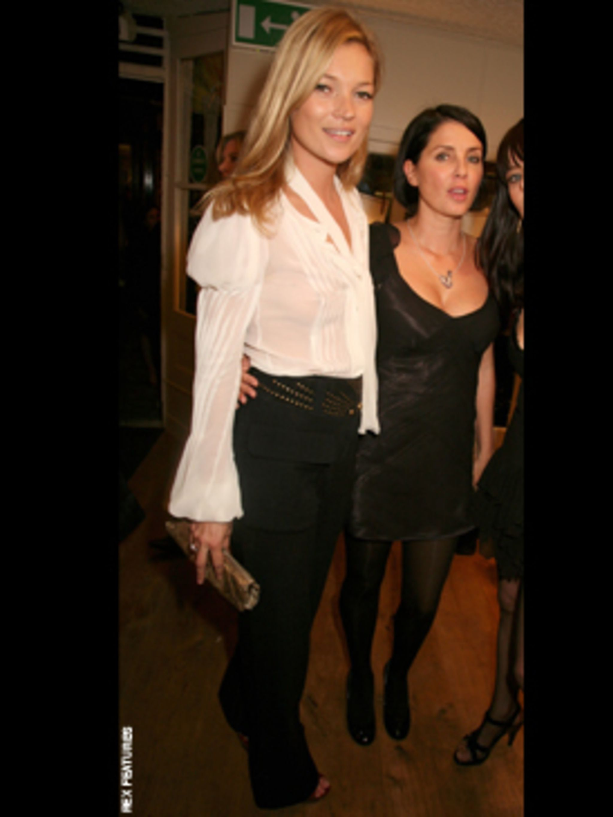 <p>Kate Moss does it in her own label high waisted jeans for Topshop</p>